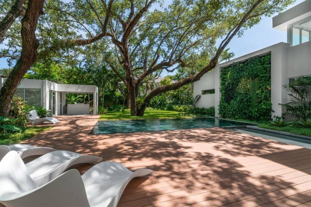 attractive Miami house